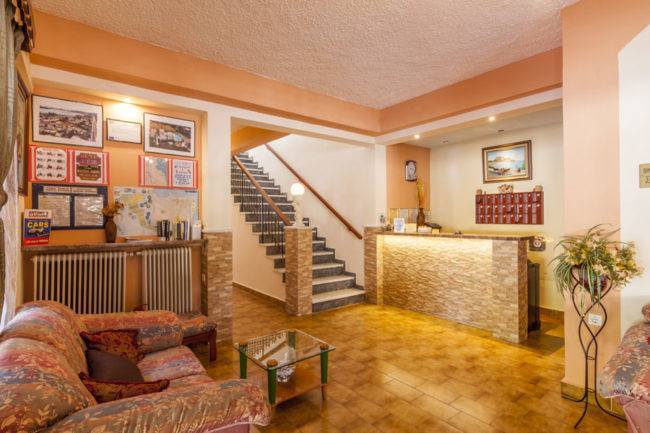 hotel-maltezos-gouvia-corfu-reception